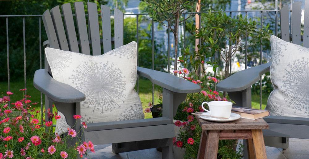 Mal hagemøblene dine i fine farger